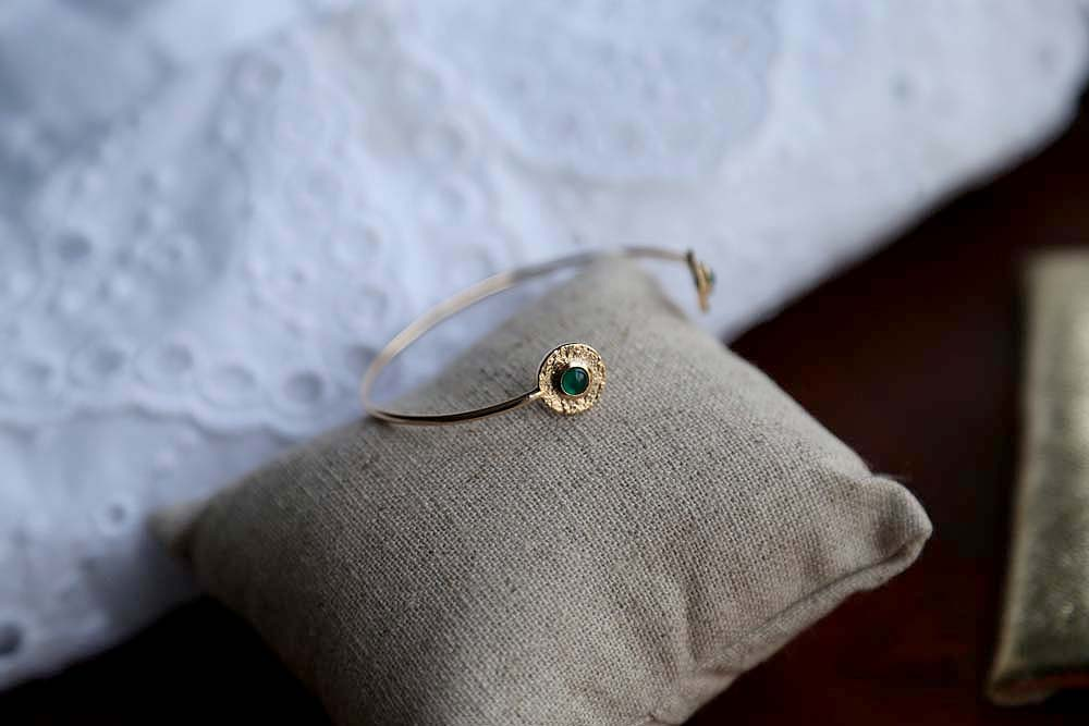 bracelet-jonc-plaqué-or-vert (1)