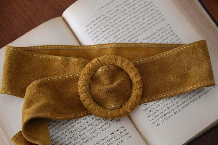 ceinture cuir daim jaune