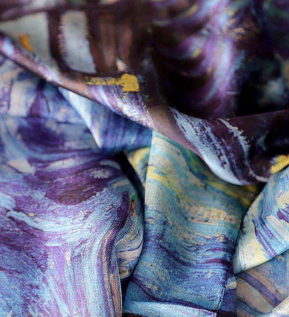 foulard-soie-bleu-imprime-awaline