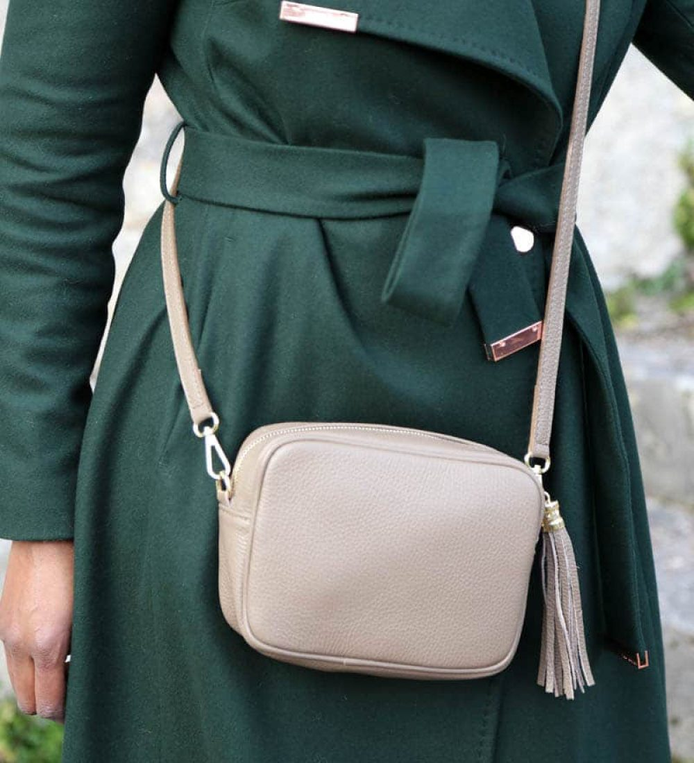 petit-sac-cuir-taupe-bandouliere-ALY (1)