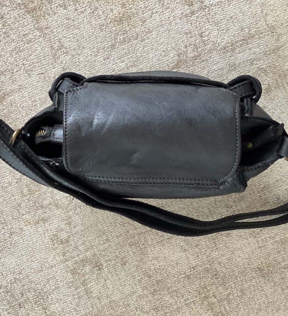 petit-sac-cuir-vieilli-noir (44)