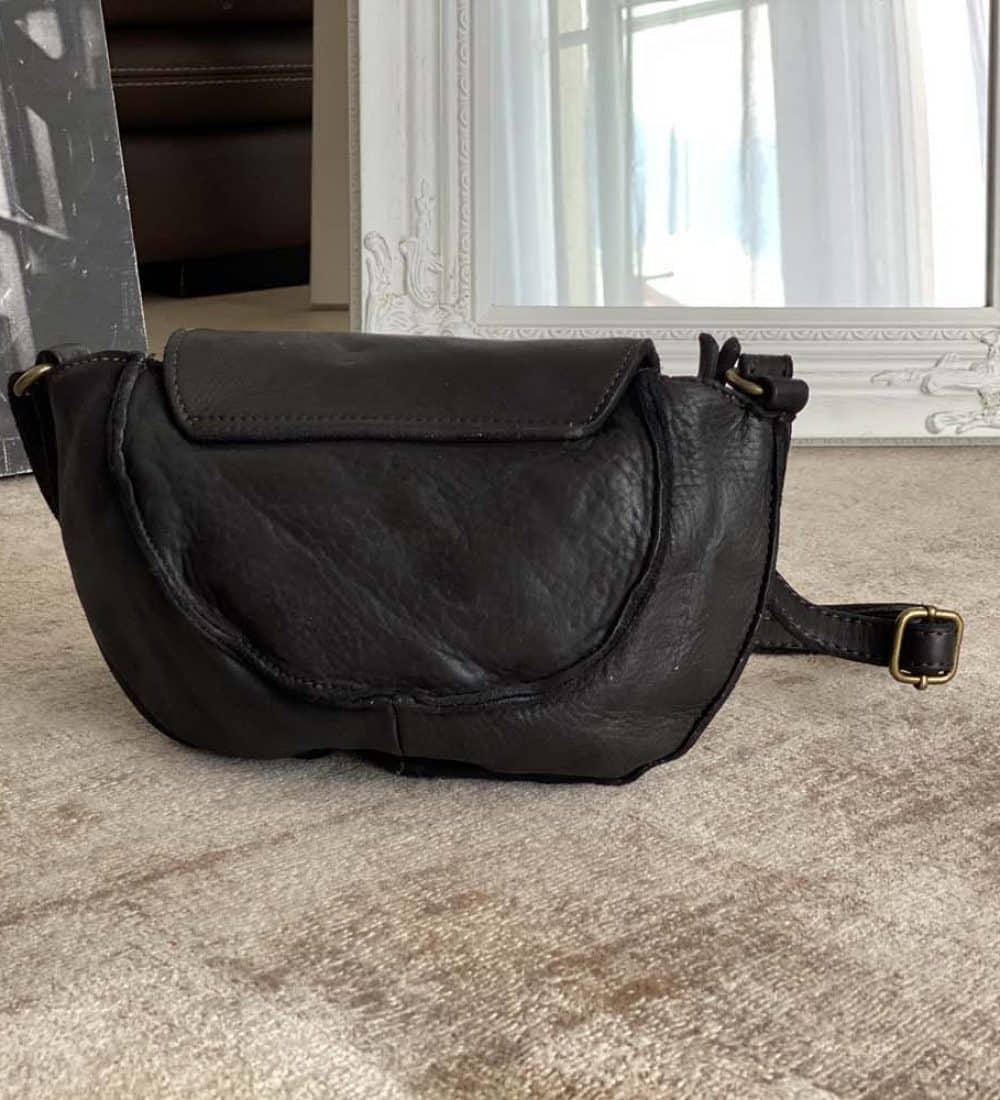 petit-sac-cuir-vieilli-noir (7)