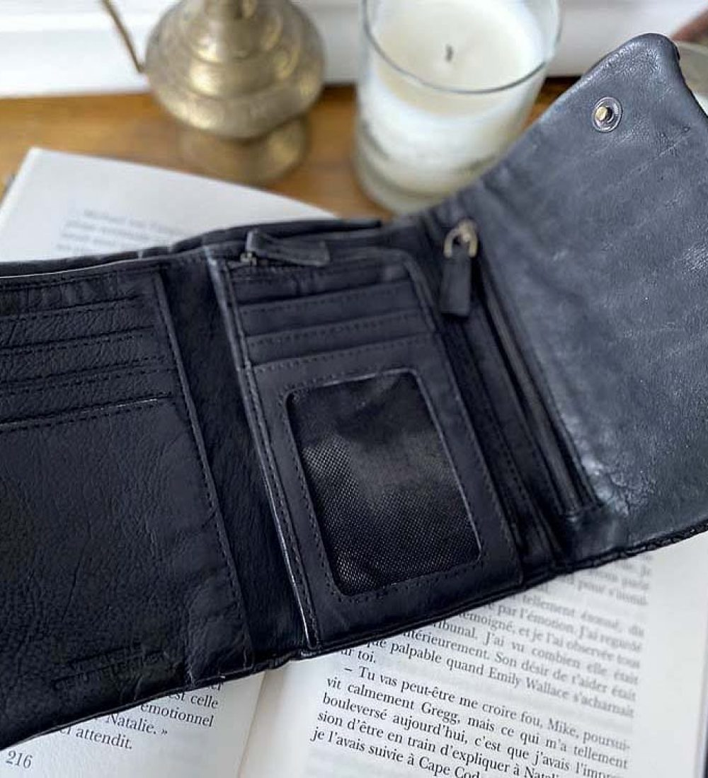 portefeuille-cuir-noir-tresse-harper-3