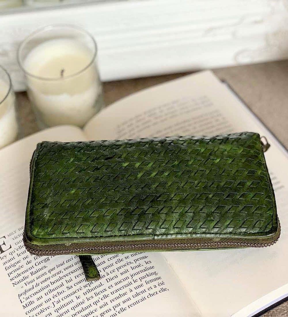 portefeuille-cuir-vert-tresse-soan (C3)