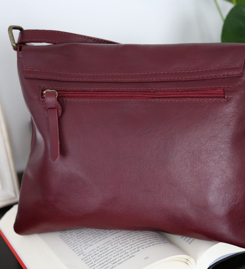 sac-besace-cuir-rouge-bordeaux-victoriane (4)