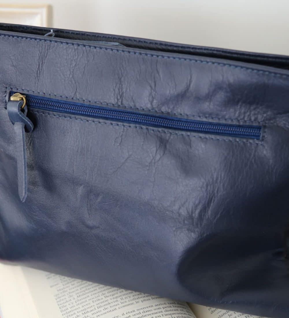 sac-cuir-besace-bleu-marine-victoriane (1)