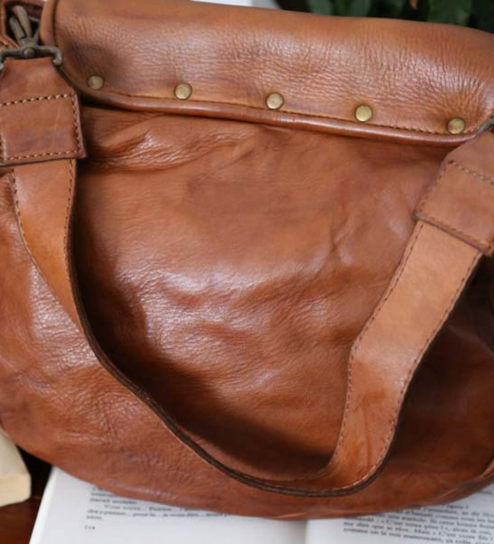 sac-cuir-vintage-lavé-femme (8)