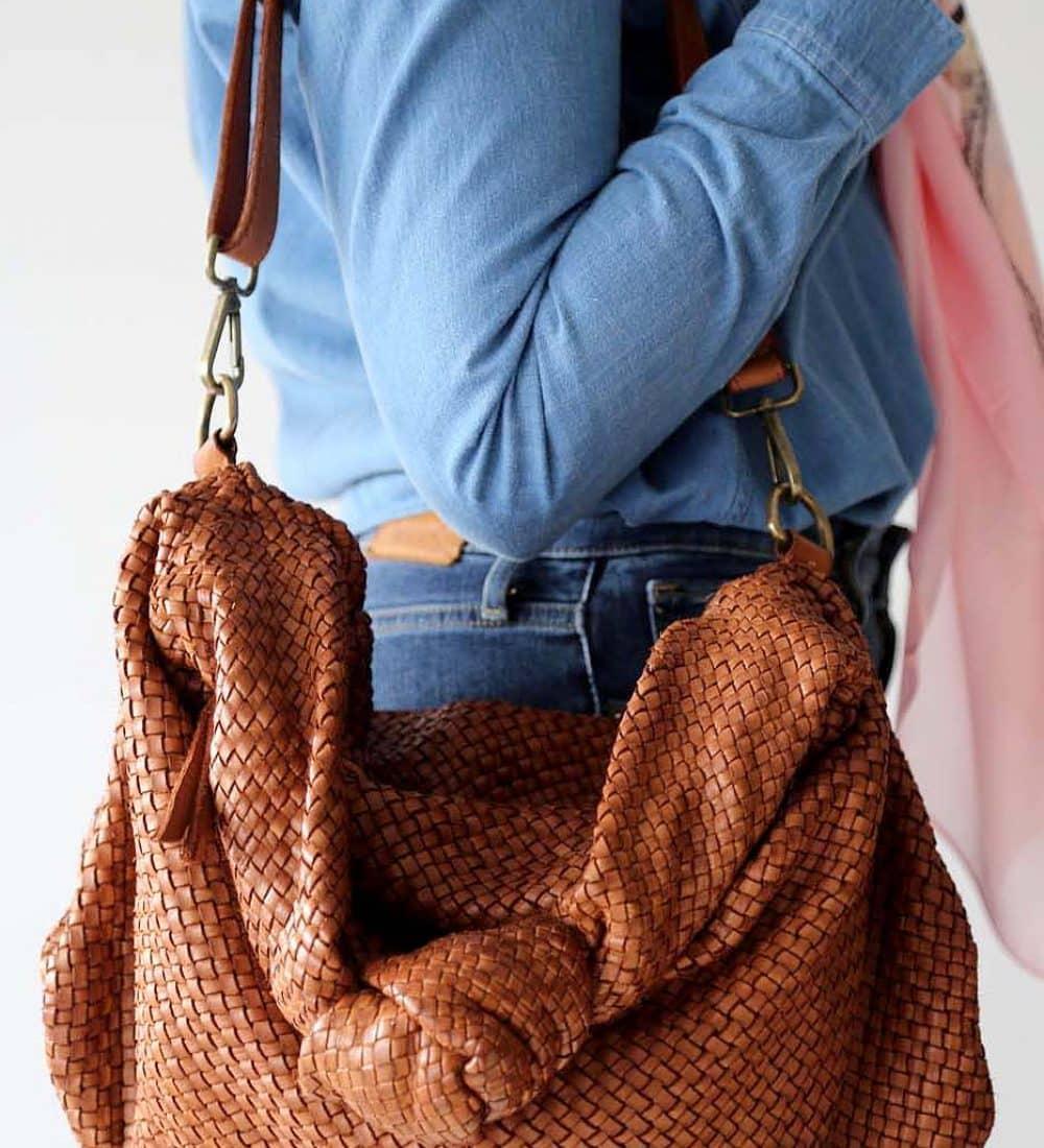 sac-main-cuir-camel-tresse-avec-noeud (1)