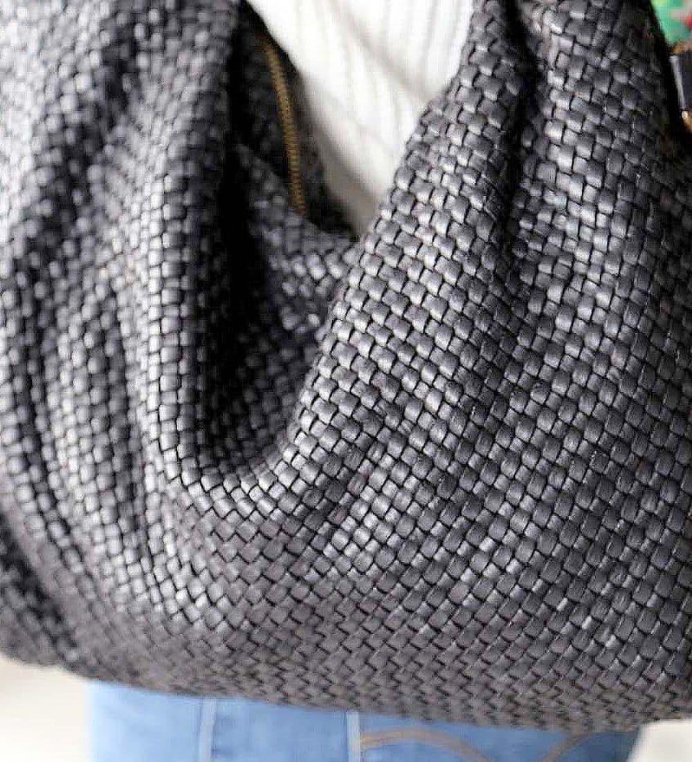 sac-main-cuir-noir-tresse-avec-noeud (4)