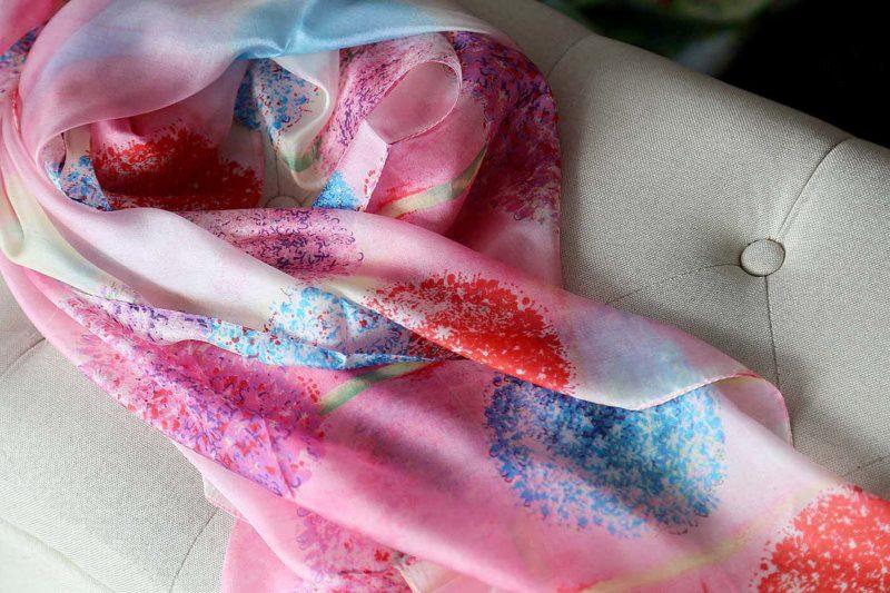 grand-foulard-soie-rose-inae-1