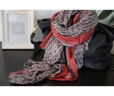 foulard coton gris taupe rouge