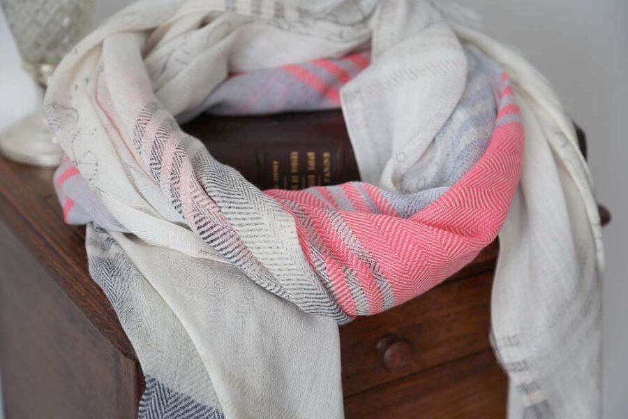 foulard-femme-rose-blanc-flavie