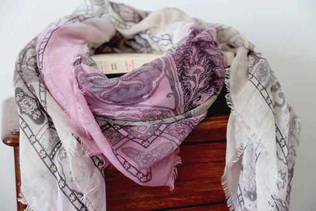 foulard modal rose gris