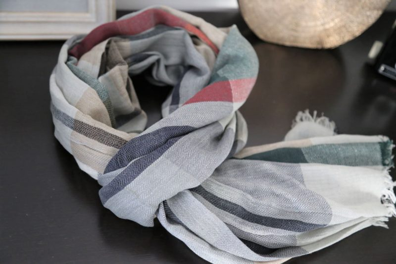 foulard-homme-carreaux-gris-bleu-nathan
