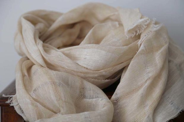 foulard en lin ecru eden