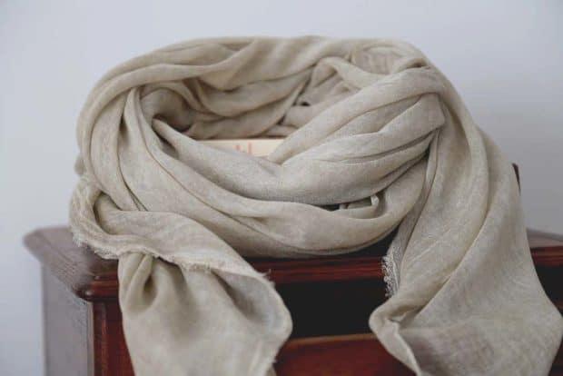 foulard homme ecru en modal MARCO