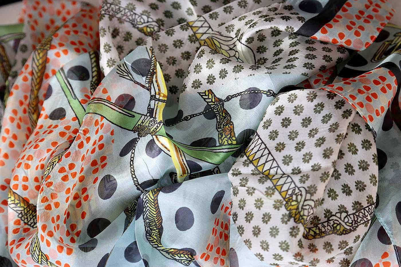 foulard-soie-imprime-sully-8