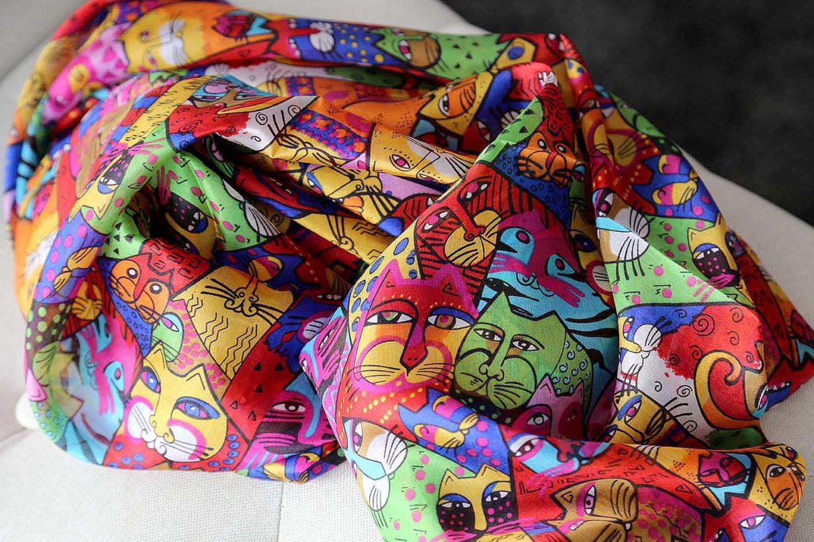 foulards-soie-imprime-alice-4