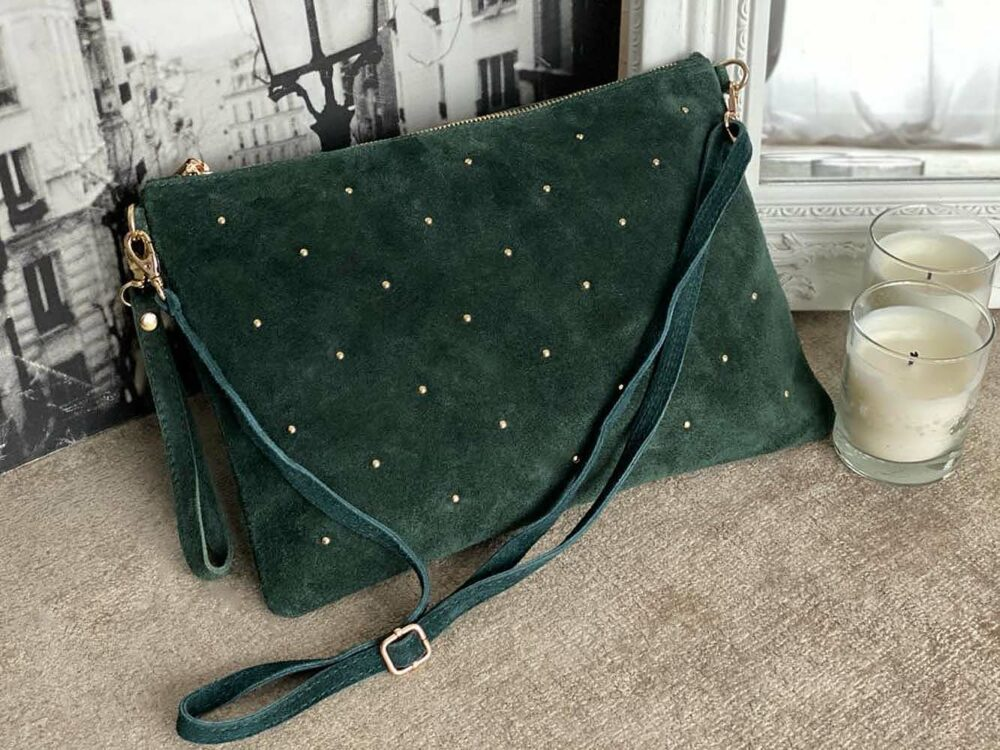 grande pochette sac en cuir suédé vert