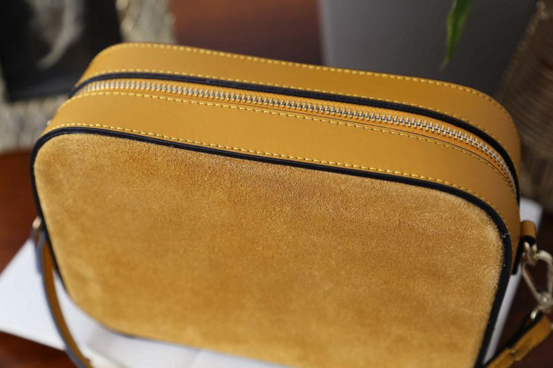petit-sac-cuir-bandouliere-jaune-andy-1