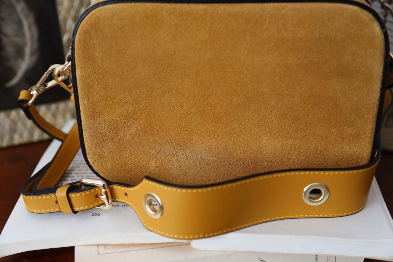 petit-sac-cuir-bandouliere-jaune-andy-4