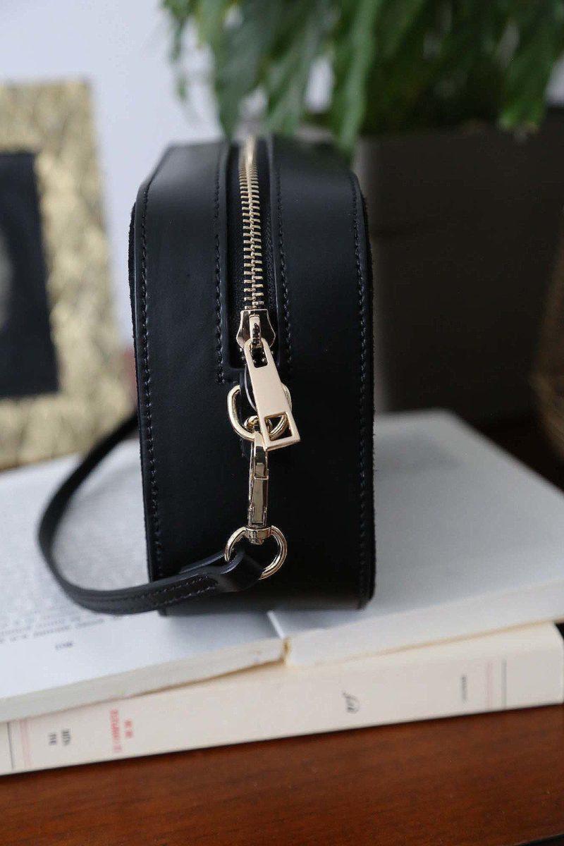 petit-sac-cuir-bandouliere-noir-andy-4