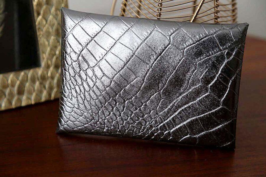porte-carte-cuir-croco-metallise-anthracite-lilou1