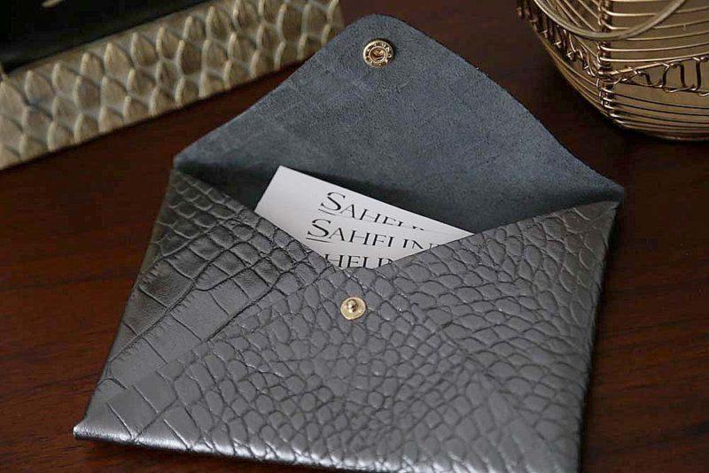 porte-carte-cuir-croco-metallise-anthracite-lilou2