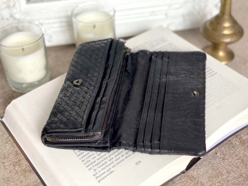 portefeuille-cuir-noir-tresse-justin-4