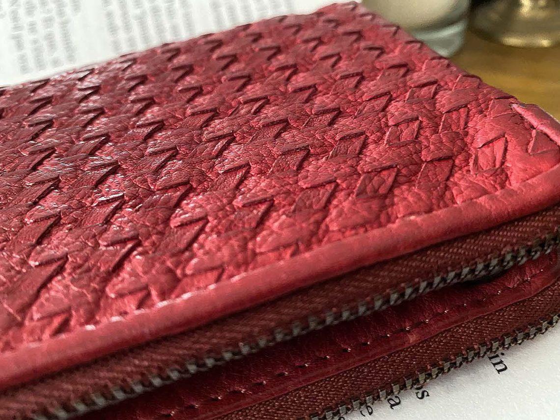 portefeuille-cuir-rouge-tresse-harper-1