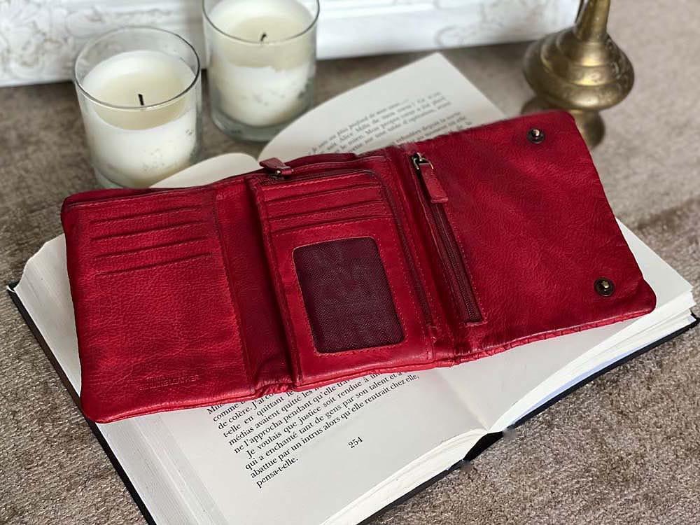 portefeuille-cuir-rouge-tresse-harper-3