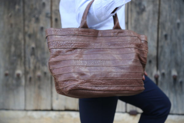 sac-a-main-cuir-taupe-charline1