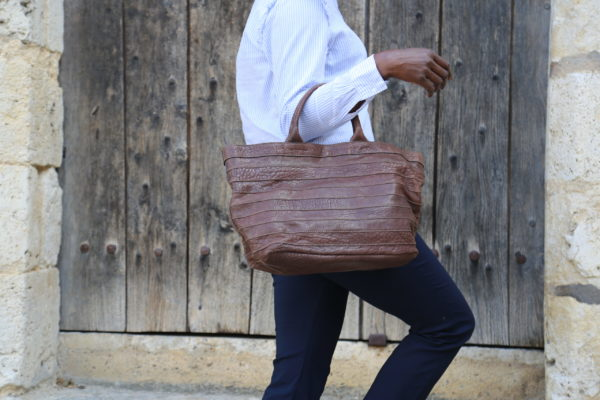 sac-a-main-cuir-taupe-charline5