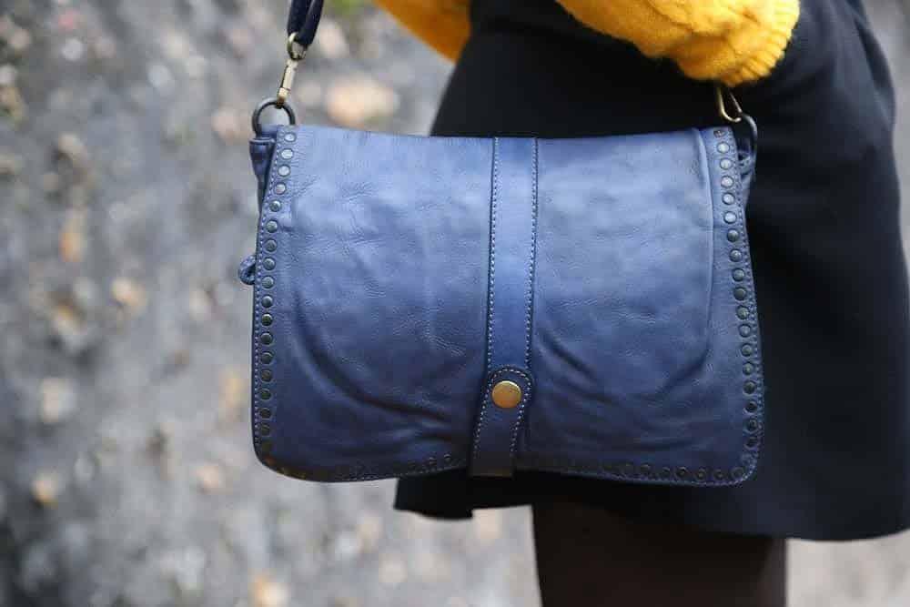 sac-a-main-cuir-bleu-amaury