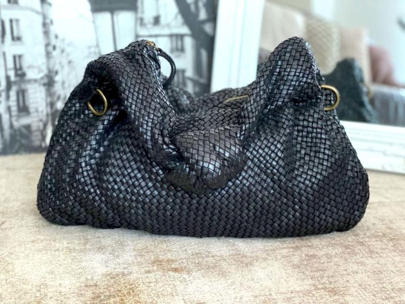 sac-besace-cuir-noir-tresse-elyna-11