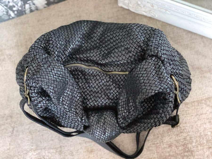 sac-besace-cuir-noir-tresse-elyna-6