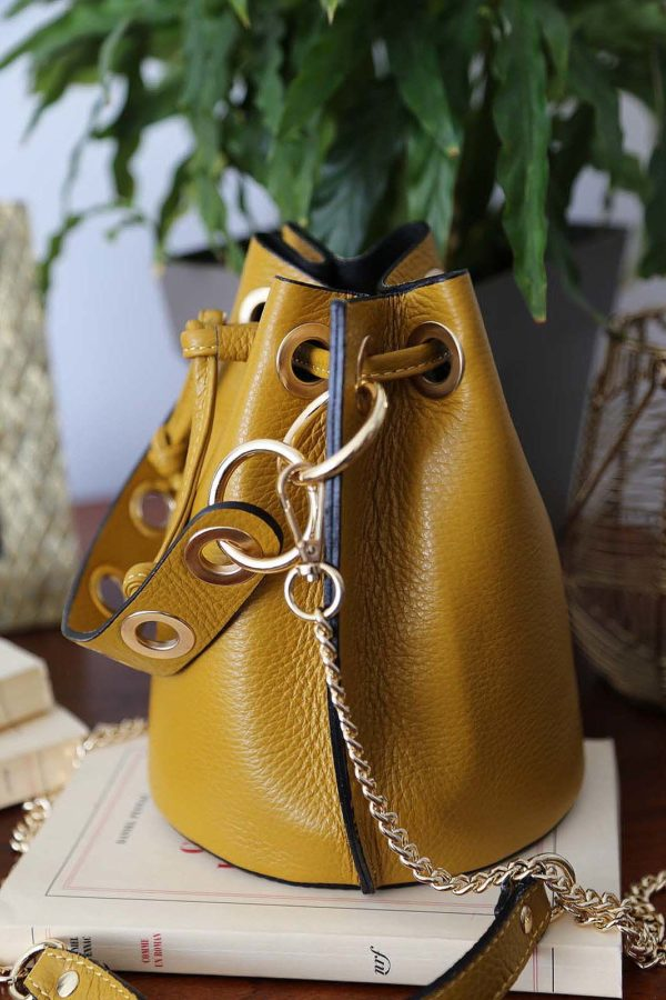 sac-bourse-cuir-jaune-5