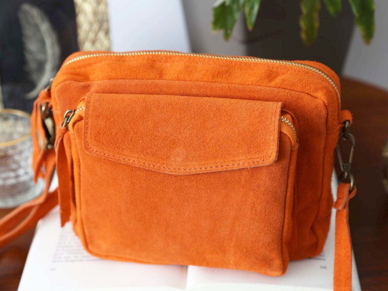 sac-cuir-daim-orange-cassy-4