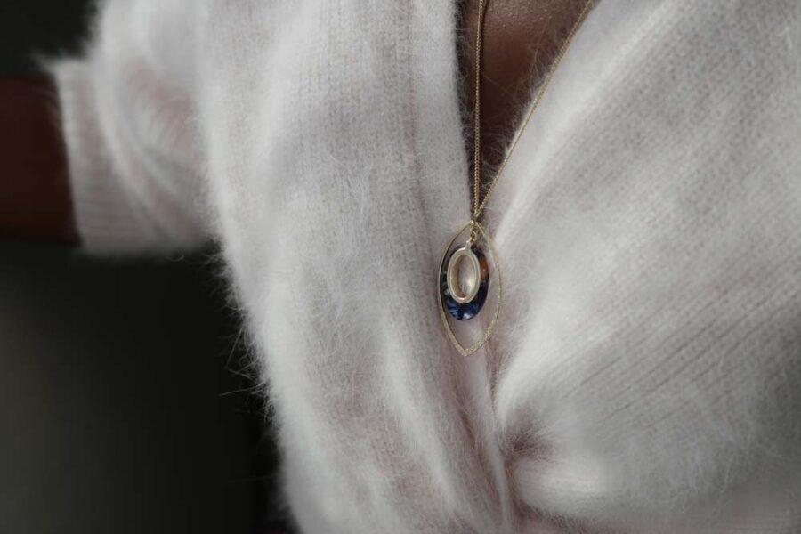 sautoir-acetate-bleu-paula75